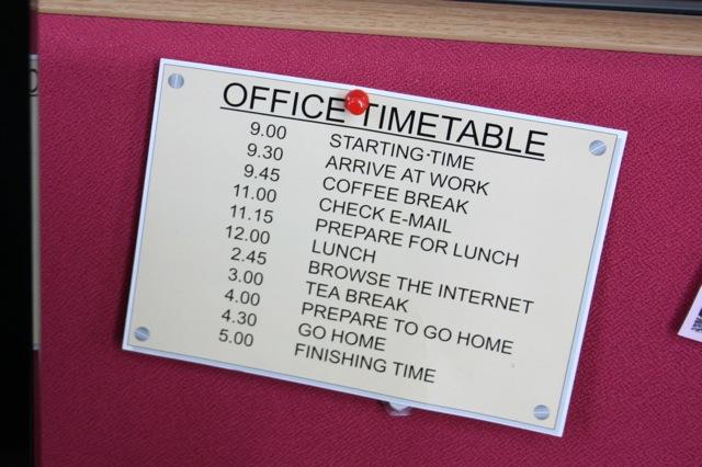 http://www.alessio.sevenseas.org/direfare/2009/05/timetable.jpg
